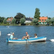 Boating on the Meare, Thorpeness