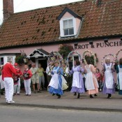 The Knots of May dance at the Parrot & Punchbowl in 2010