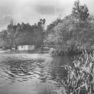 116 Circa 1930 Pegottys House on Meare wide